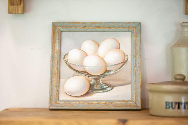 תמונת ביצים בקערה